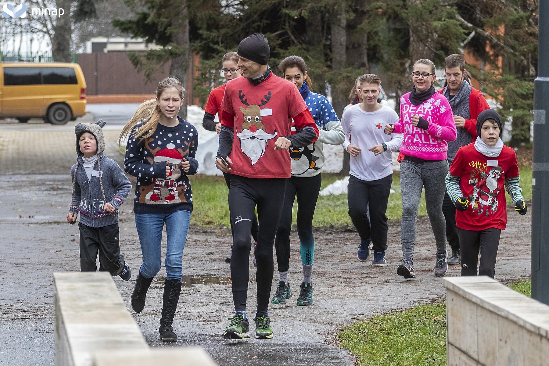 A Ciki-cuki futás résztvevői